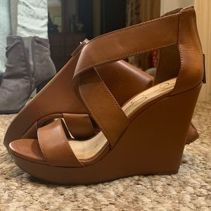 Camel color Jessica Simpson wedge